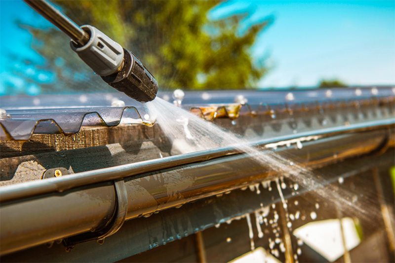 gutter repair in Brewster